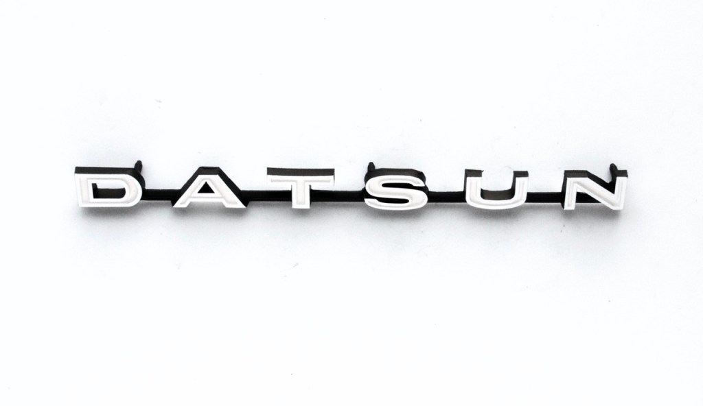 DATSUN Emblem Image
