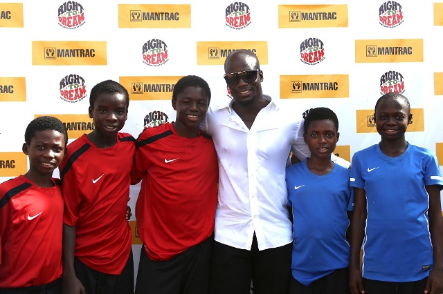 Stephen Appiah and RTD gals