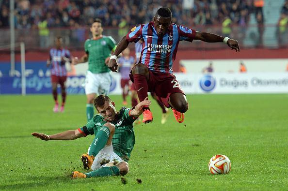 Waris playing for Trabzonspor