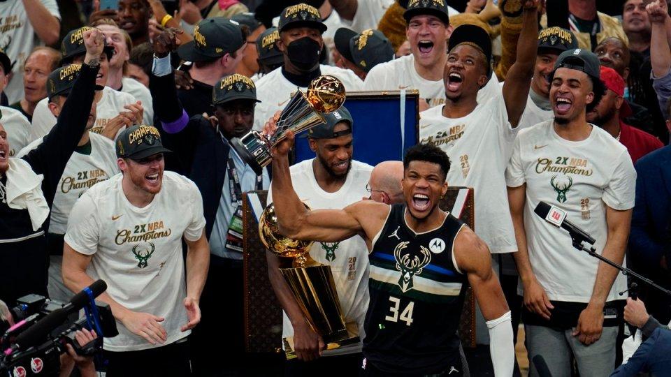 SportsInGhana - Milwaukee Bucks beat Phoenix Suns to win ...