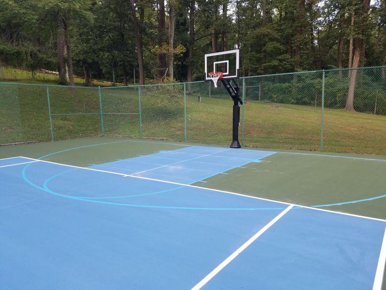 basketball-hoop-tennis-court