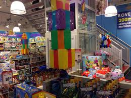 Intertoys: Folder  Amsterdam  Speelgoed  Lego