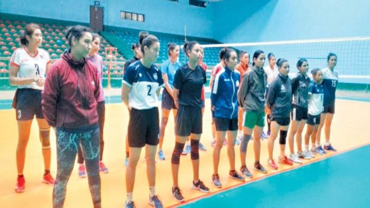 Nepal Women's Volleyball Team Image © Kantipur