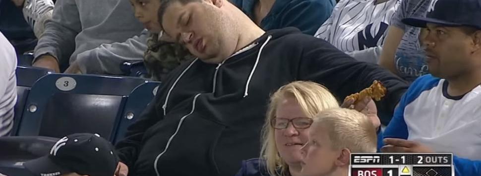 beisbol-fan-aburrido