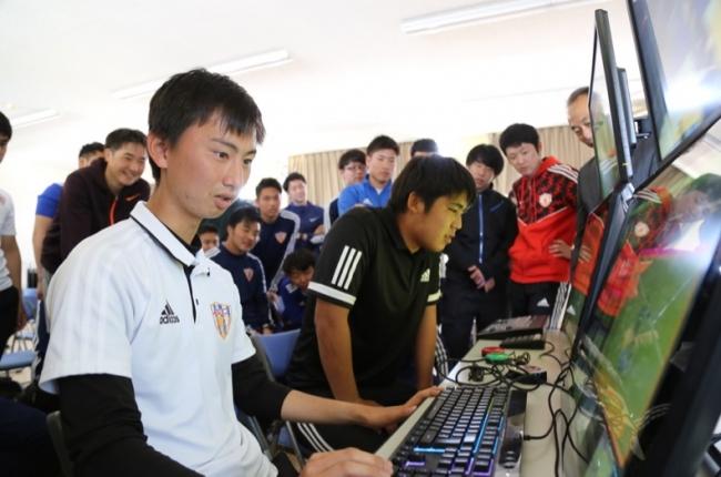 JAPANサッカーカレッジにてVAR(ビデオ・アシスタント・レフェリー)の講習会を開催しました!