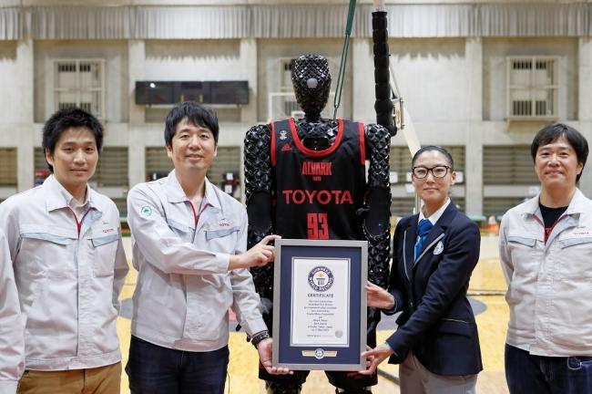 AIバスケットボールロボット「CUE3」によるギネス世界記録™達成のお知らせ