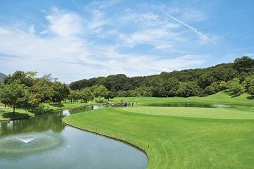 カジュアルなセルフプレーを新武蔵丘ゴルフコース(No.18)