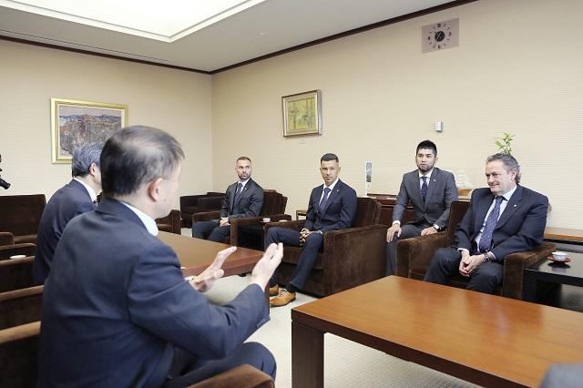 新潟県・新潟市への表敬訪問を実施