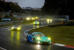 『ニュル24時間』でFALKEN Motorsportsチームがトップ10入り