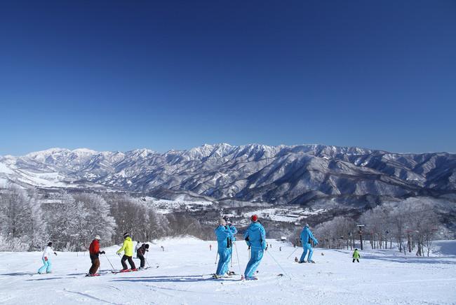 コートヤード・バイ・マリオット 白馬 白馬岩岳スノーフィールドでの特別な体験と優雅なホテルステイを叶える宿泊プラン「Exclusive Winter Stay」を発売