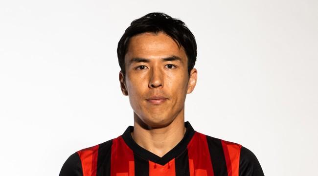 オムロン 低周波治療器ブランド初のアンバサダーにプロサッカー選手の長谷部誠さんが就任