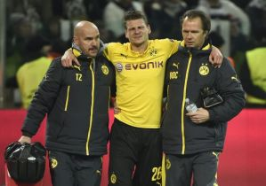 Borussia Dortmund full back Lukasz Piszczek out for the rest of the year