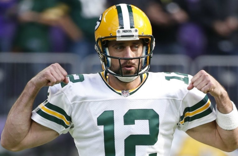 Aaron Rodgers, Packers Reworking Deal to Keep QB in Green Bay – For Now