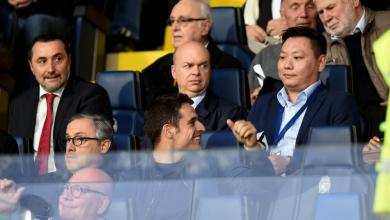 Photo of Giacomo Bonaventure's risky eye contact with wife of Ac Milan new Chinese owner Han Li
