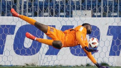Photo of Uzoho reacts after blunder against Seychelles as Rohr counts on Akpeyi and Ezenwa for Egypt clash