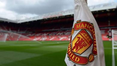 Photo of Manchester United fan commits suicide after losing over ₦200k in bet against Arsenal