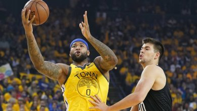 Photo of MRI confirms torn quad for Warriors star Cousins