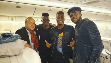 Photo of Super Eagles official receive visas, off to Singapore
