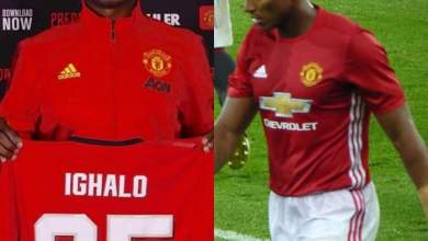 Photo of Manchester United icon Antonio Valencia sends message to Odion Ighalo after picking jersey no 25