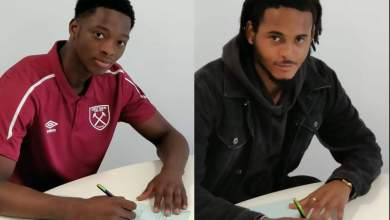 Photo of Golden Eaglet goalie Daniel Jinadu and Joshua Okocha sign professional contracts with West Ham