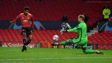 Photo of Red Devils tear Saints apart; equal PL biggest ever win