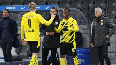 Photo of Haaland scores four as Moukoko breaks record in Dortmund win