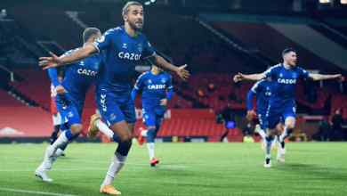 Photo of Calvert-Lewin breaks Manchester United hearts, ends their EPL title bid