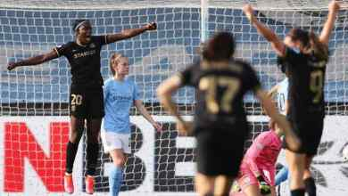 Photo of Oshoala scores as Barcelona Femeni lose 2-1 to Manchester City Women