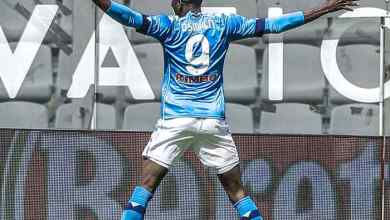 Photo of Victor Osimhen brace pushes Napoli past Spezia into Serie A top 4