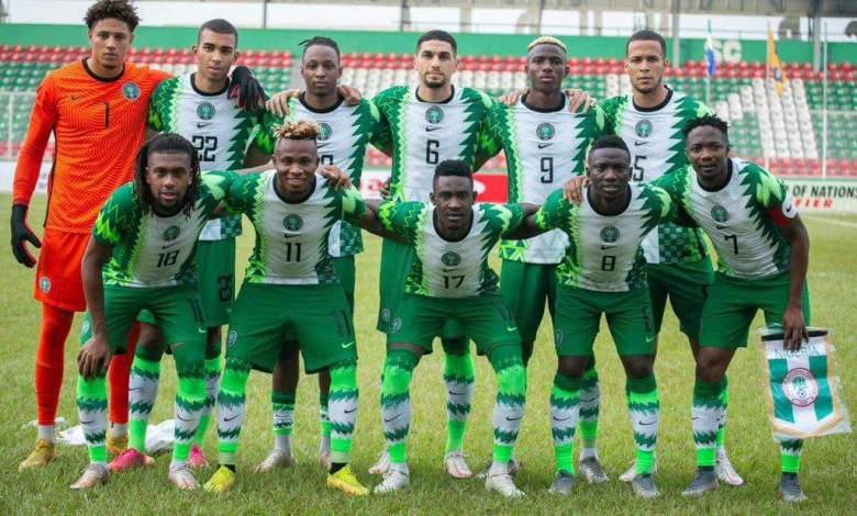 Super Eagles of Nigeria line up for a match