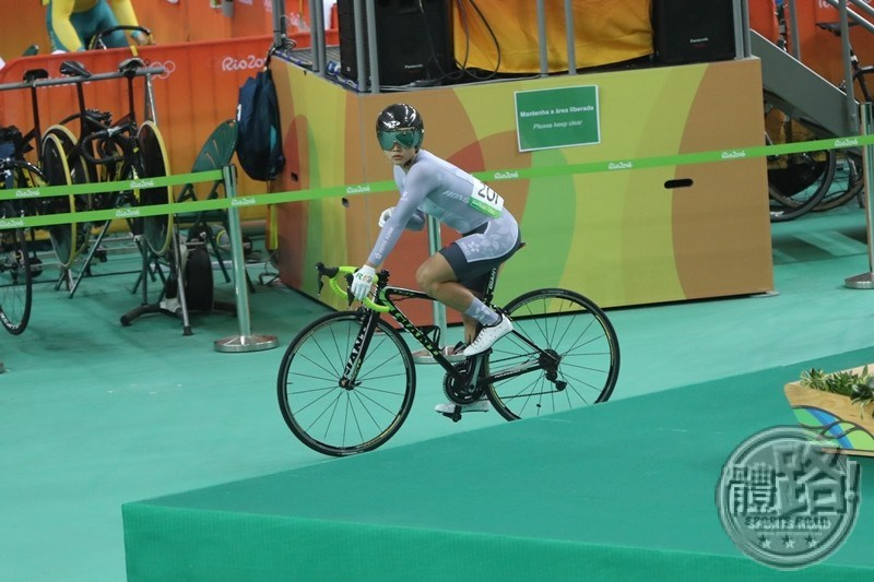 rio_cycling_keirin_final_sarahlee_20160814-01