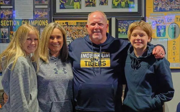 Taylor Family, Inderkum, Coach