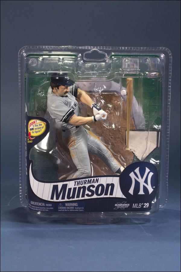 Thurman Munson Gray Jersey Chase Figure