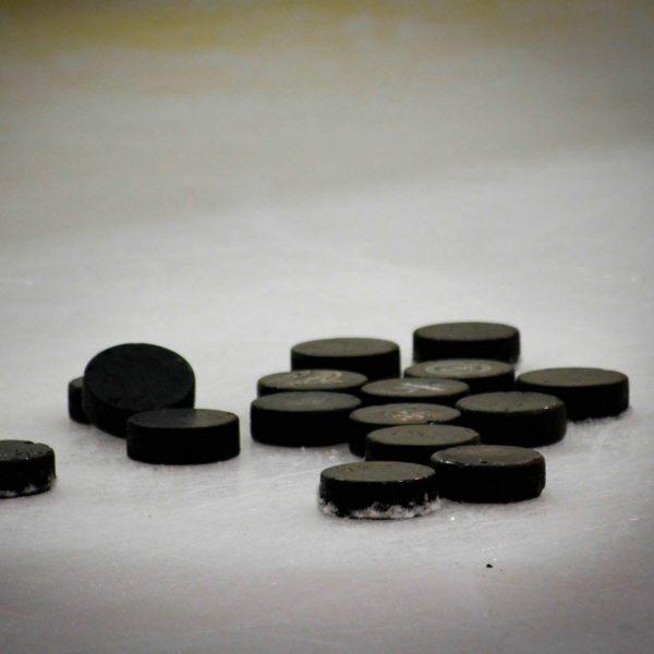 NHL Wreaths