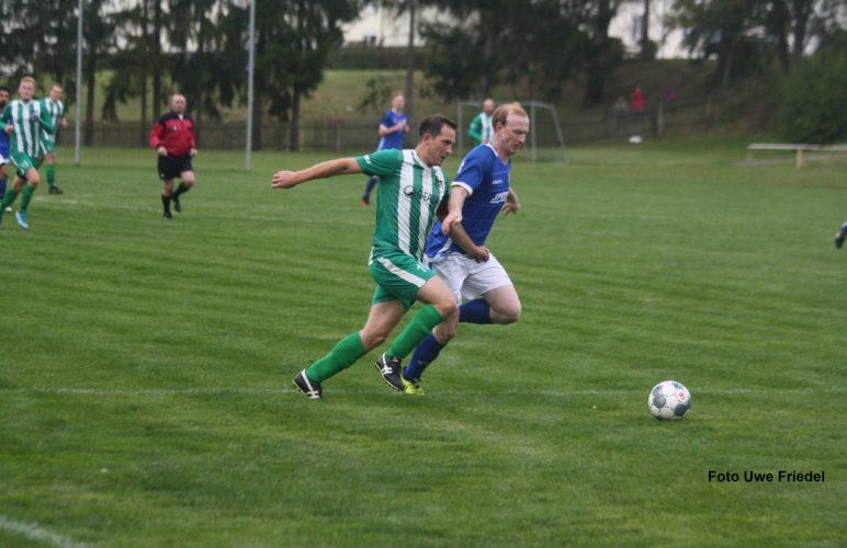 Gerechtes Unentschieden im Spitzenspiel SG SV Grün-Weiß Tanna – FSV Hirschberg 2:2 (1:1)
