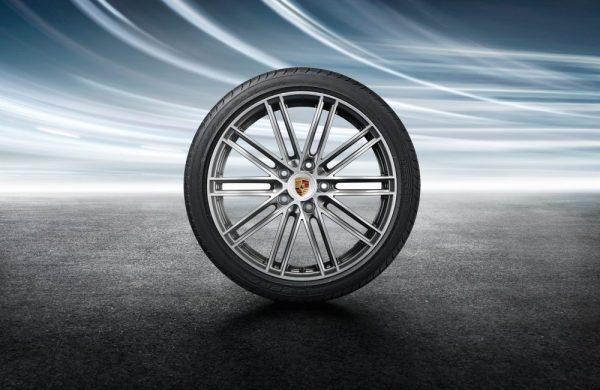 20-Zoll 911 Turbo Sommerkomplettradsatz