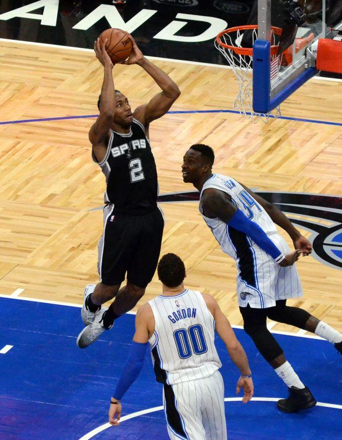 Kawhi Leonard Nba Career With The Spurs In 2017