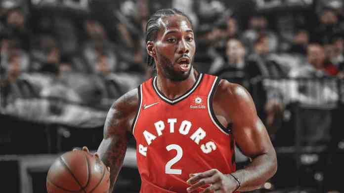 Kawhi Leonard in action for Toronto Raptors