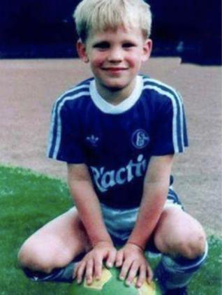 Childhood Photo of Manuel Neuer