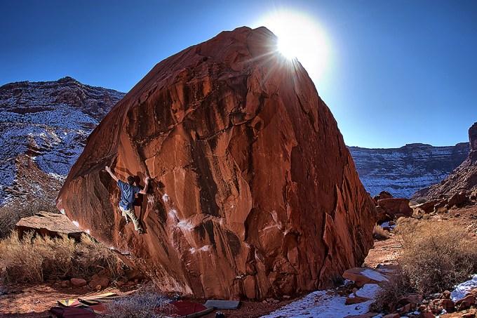 Bouldering - Moab, Utah