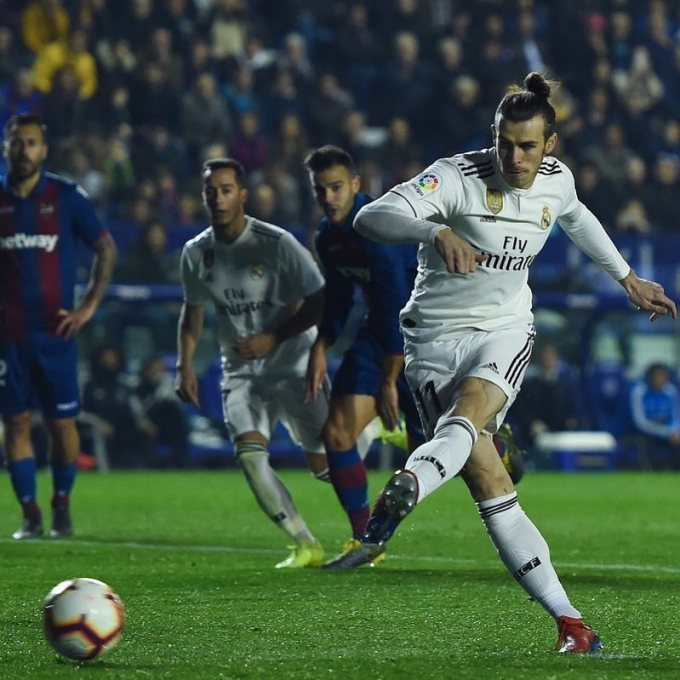 Gareth Bale playing for Real Madrid in 2019