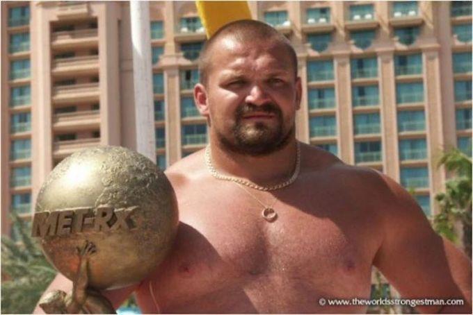 Vasyl Virastyuk - Strongman