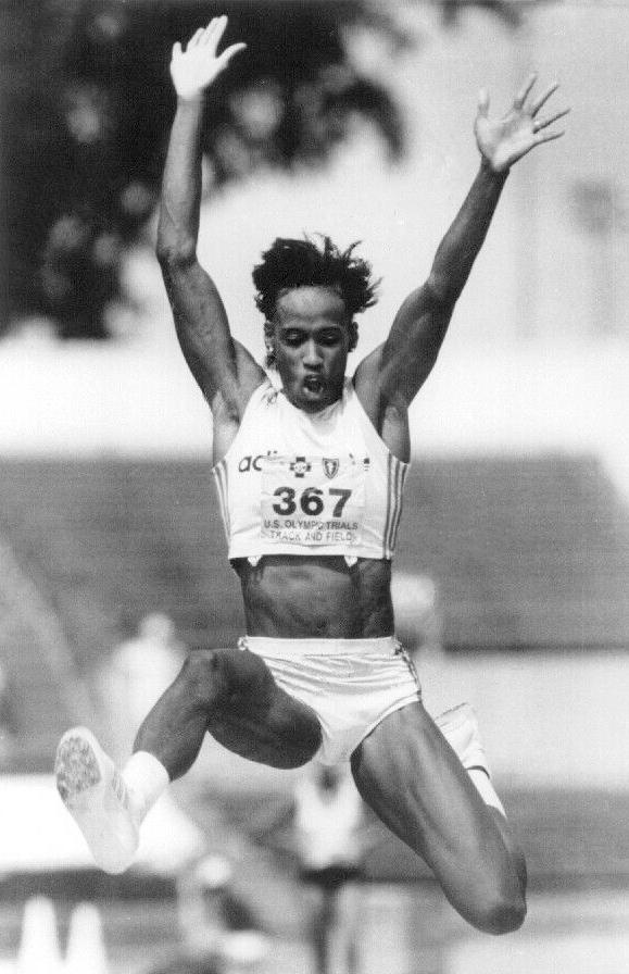 Famous Female Athlete – Jackie Joyner Kersee