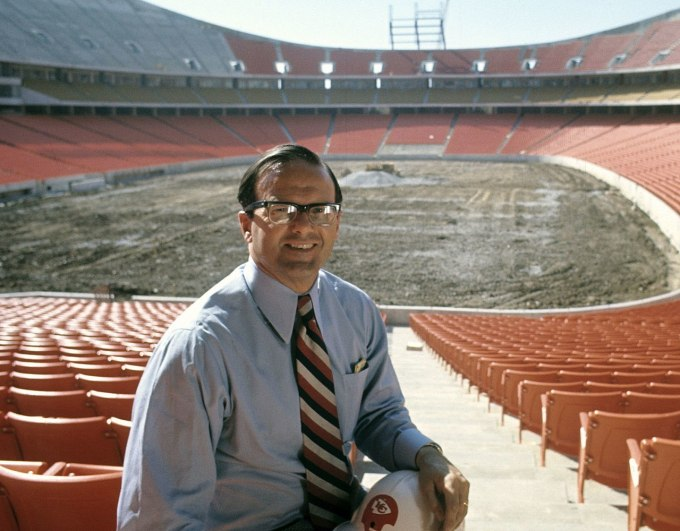 Owner &Amp; Founder Of Kansas City Chiefs – Lamar Hunt