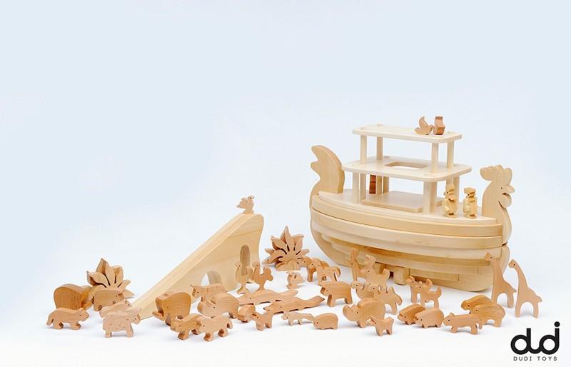 Ghid de cadouri 2015 – jucării din lemn pentru copii