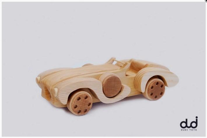 Jucarie Ciccarelli Grand Prix, lemn de tei si fag, finisata cu ulei ecologic