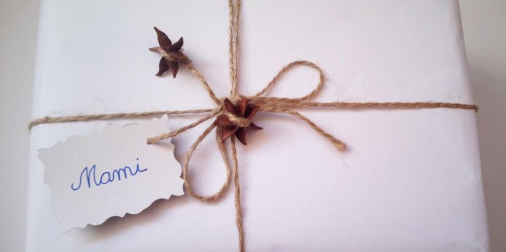 Decorațiuni DIY: Ambalaj de cadou cu anason stelat