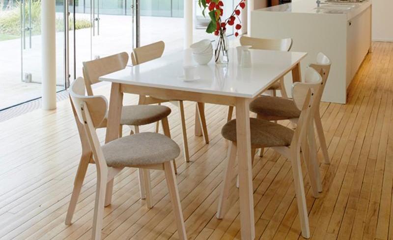 Masa extensibilă: o piesă de mobilier pentru totdeauna