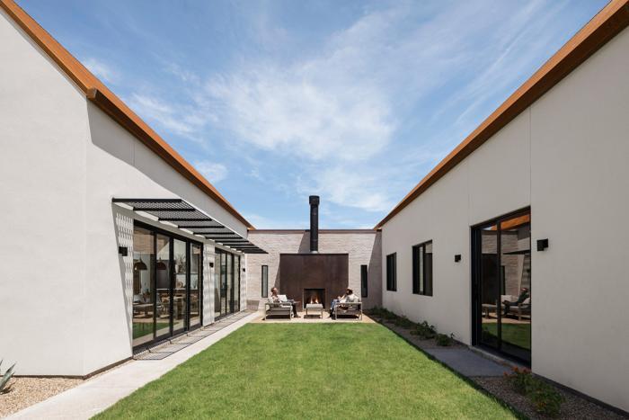 Proiecte de casă în formă de U
