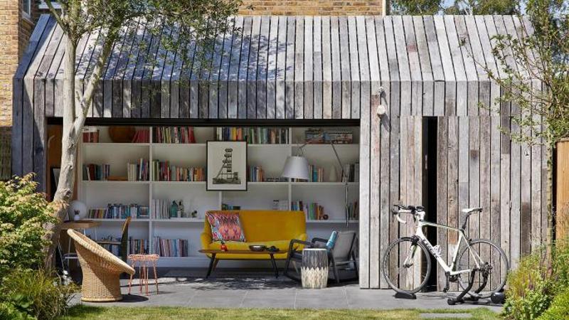 O magazie transformată în căsuță de grădină cu utilizări multiple